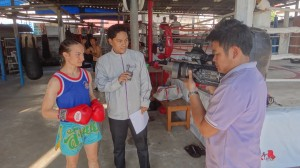 Aeem-Witit-Muay-Dee-Wit-Tee-Thai-TV-Sylvie-von-Duuglas-Ittu1